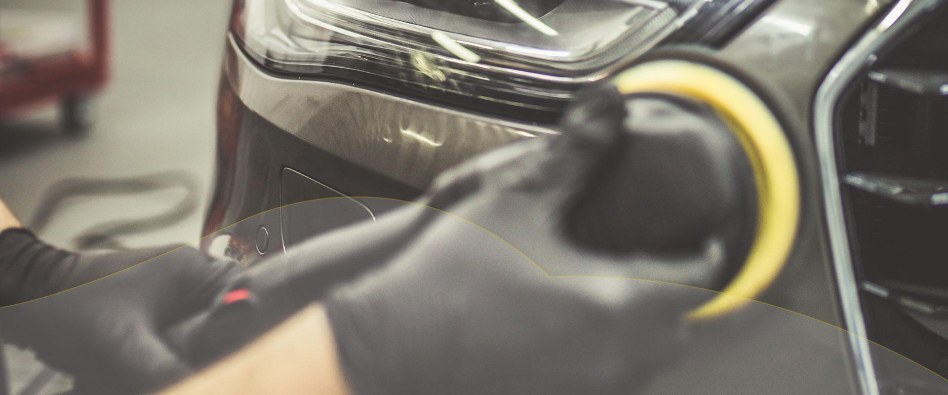 Auto Lackpflege Politur